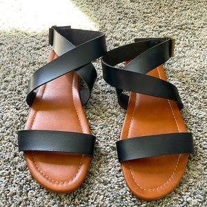 NWOT JustFab Black Faux Leather Sandals